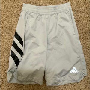 Like new men's adidas shorts
